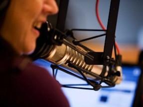 Inicie la transmisioon de Voz y Musica por Internet