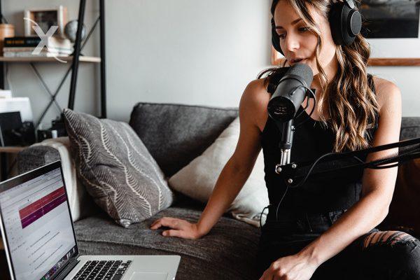 como iniciar un podcast